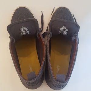 Old Navy Shoes - Old Navy Medtop Sneaker